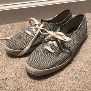 Plaid, size 8.5 Keds sneakers